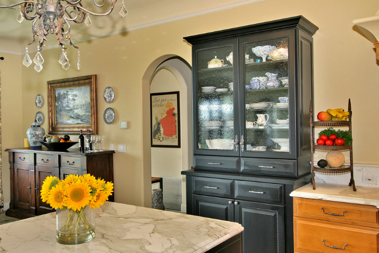 Luxurious Kitchens Tina Kuhlmann luxurious kitchens Best Buffets and Cabinets for your Luxurious Kitchens Tina Kuhlmann