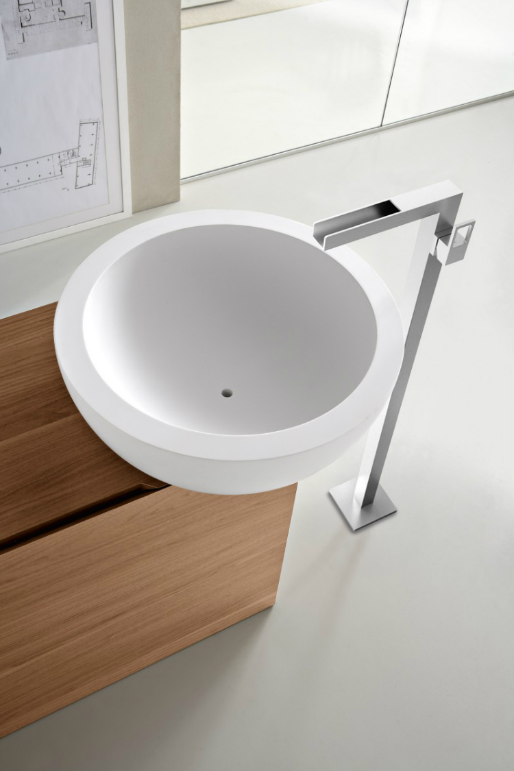 12-white-basin luxury bathroom Perfect Italian Luxury Bathroom Cabinet Design 12 White basin