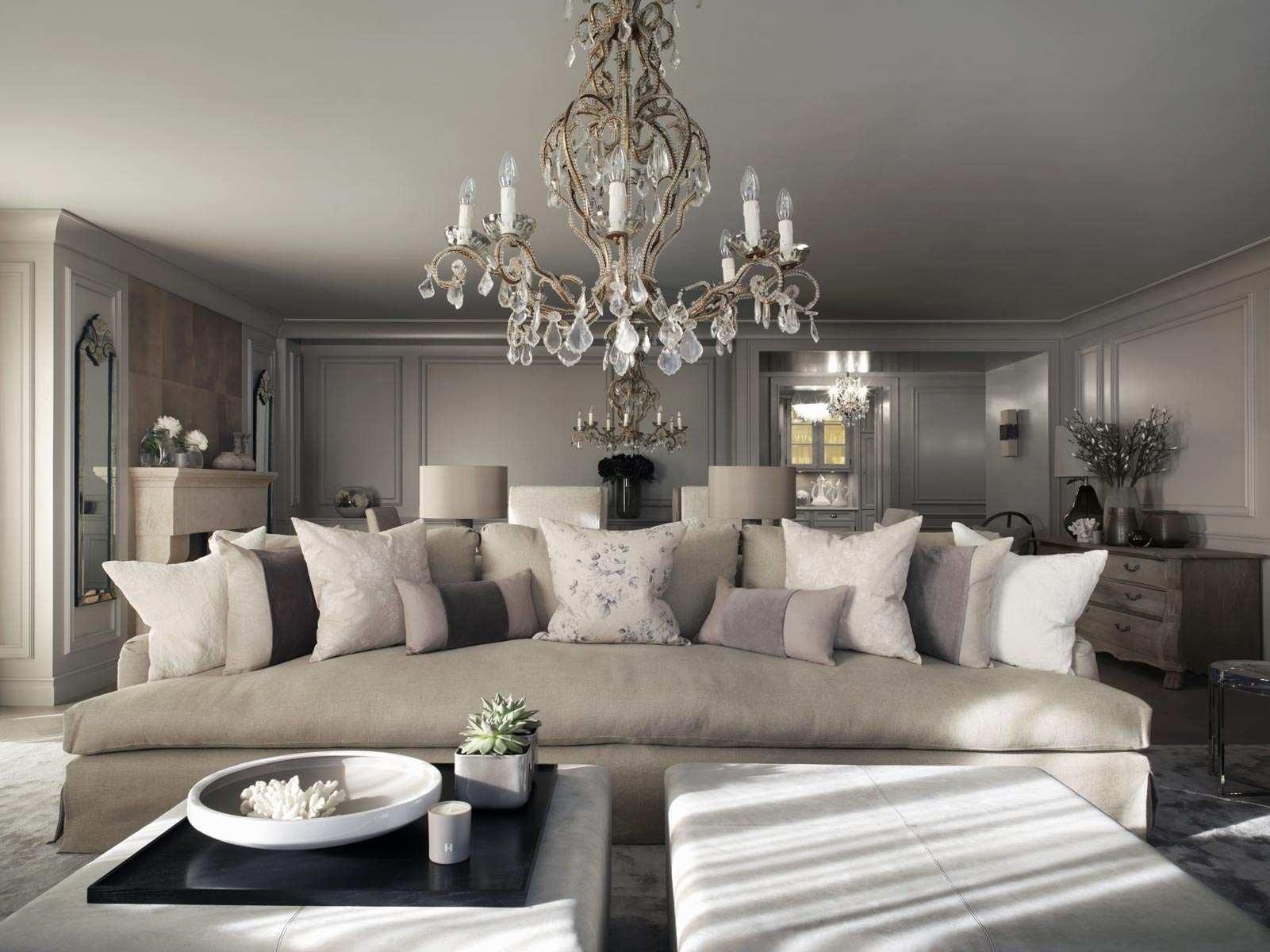 kelly hoppen Kelly Hoppen´s Favorite Buffets and Cabinet Design chalet switzerland