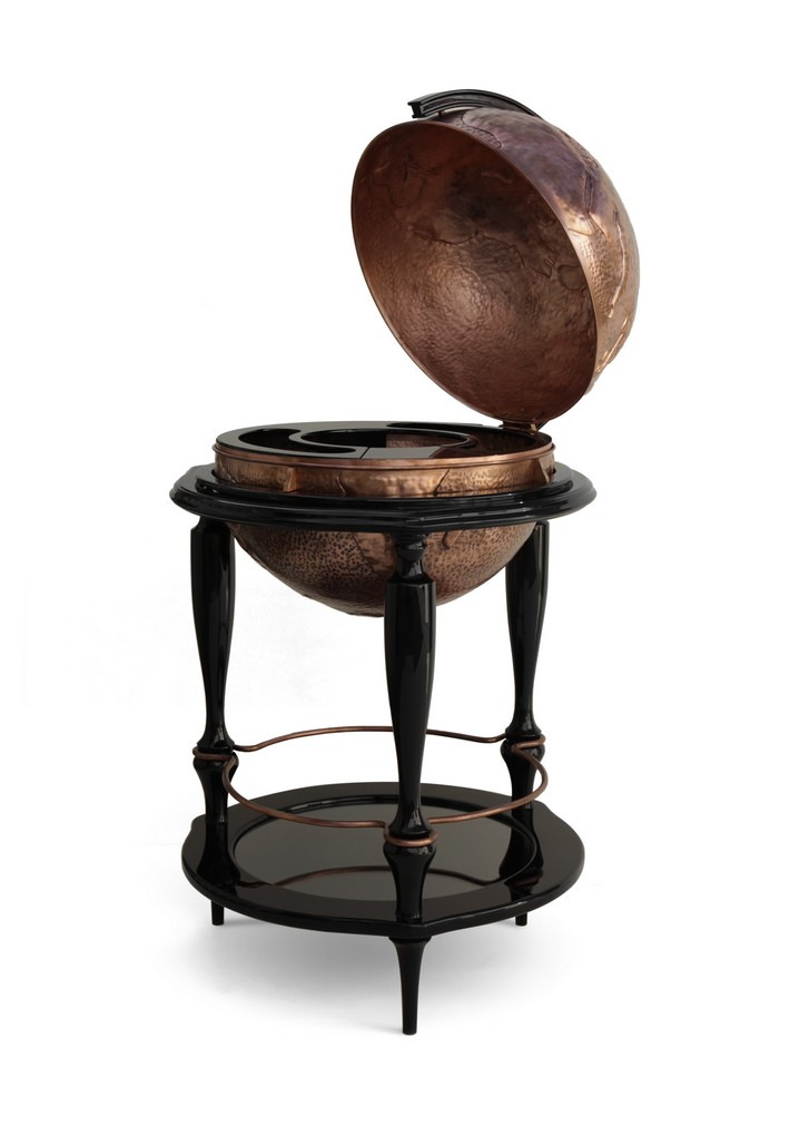Breathtaking Globe Bar Cabinet by Boca do Lobo boca do lobo Breathtaking Globe Bar Cabinet by Boca do Lobo equator 01 1