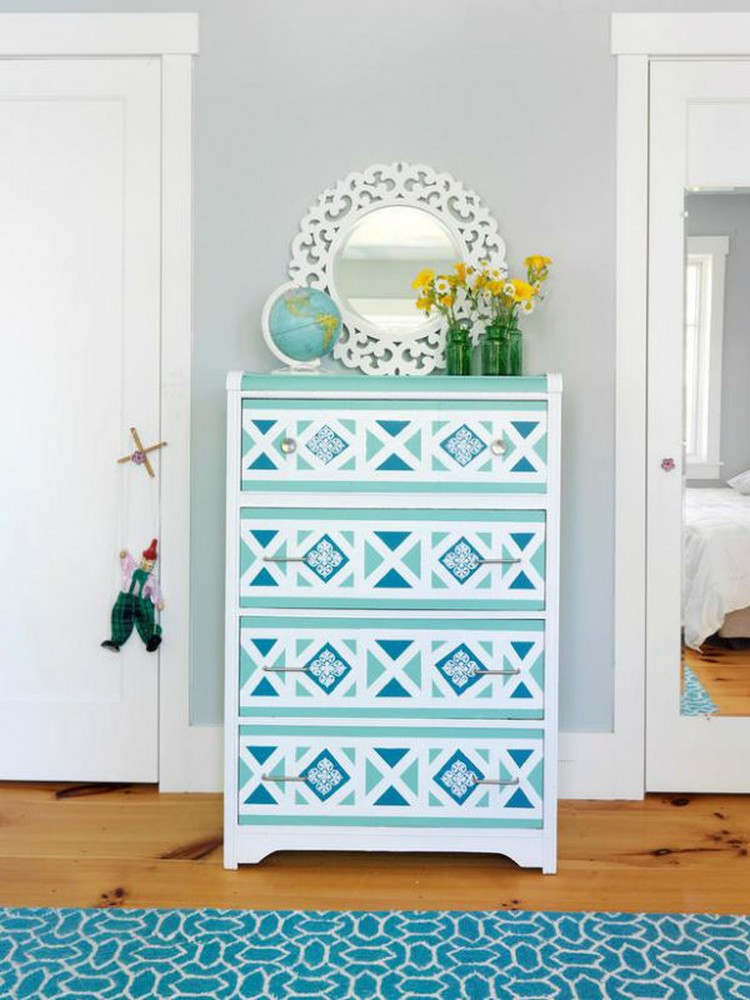 Get an Eclectic Style with Geometry in furniture