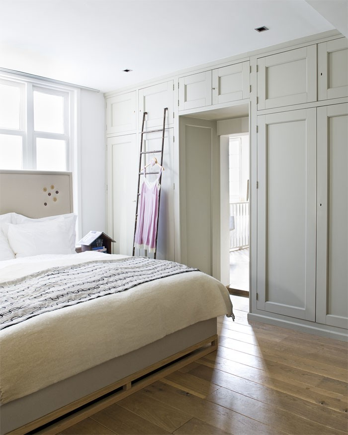 Redecorate your Bedroom with Fancy Cabinets bedroom Redecorate your Bedroom with Fancy Cabinets Slapen in alle rust