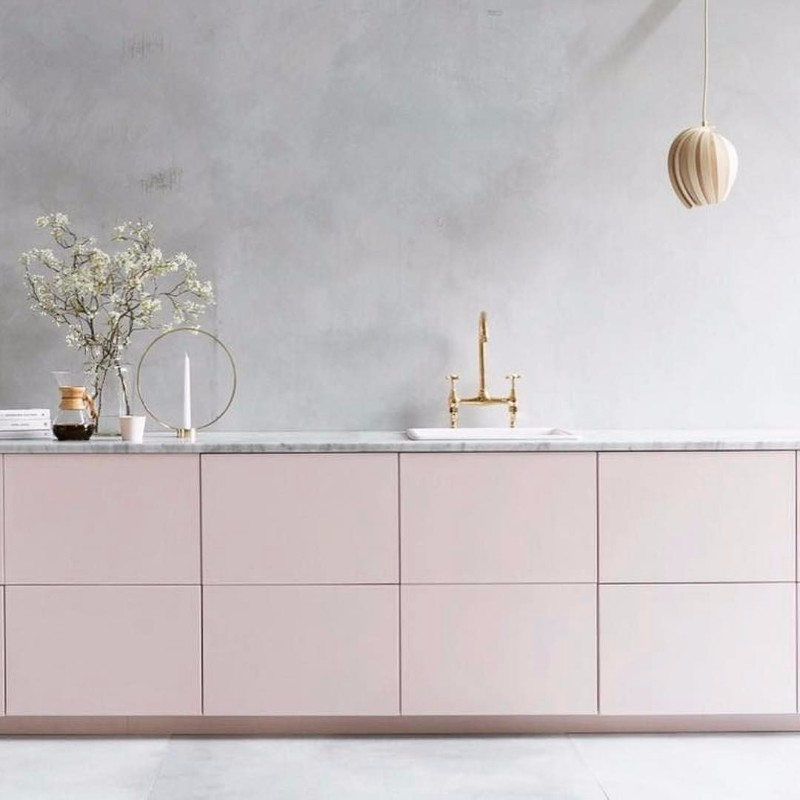 10 Stone Modern Sideboards To Fall In Love With | www.bocadolobo.com #buffetsandcabinets #sideboards #marble #luxury #luxurysideboards #luxurybrands @buffetsandsideboards modern sideboards 10 Stone Modern Sideboards To Fall In Love With 10 Stone Modern Sideboards To Fall In Love With 7