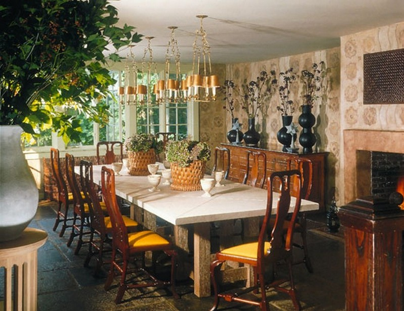 top interior designer The Amazing projects of Top Interior Designer Stephen Sills 6 Astonishing Dining Room designs by Top Interior Designer Stephen Sills westchester retreat 6 lg