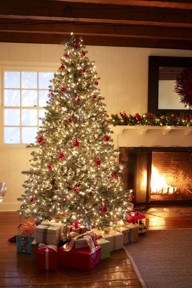 christmas decoration ideas christmas decoration ideas Christmas Decoration Ideas from Top Interior Designers 9 christmas tree