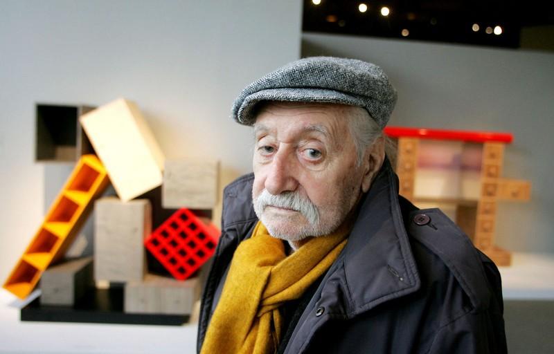 Ettore Sottsass ettore sottsass The Amazing Postmodern Design on Ettore Sottsass' Sideboards 1 Ettore Sottsass