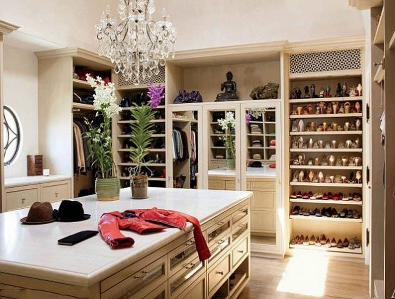 Walk-In Closets Walk-in Closets 10 Inspirational  Walk-in Closets Ideas 1 closet