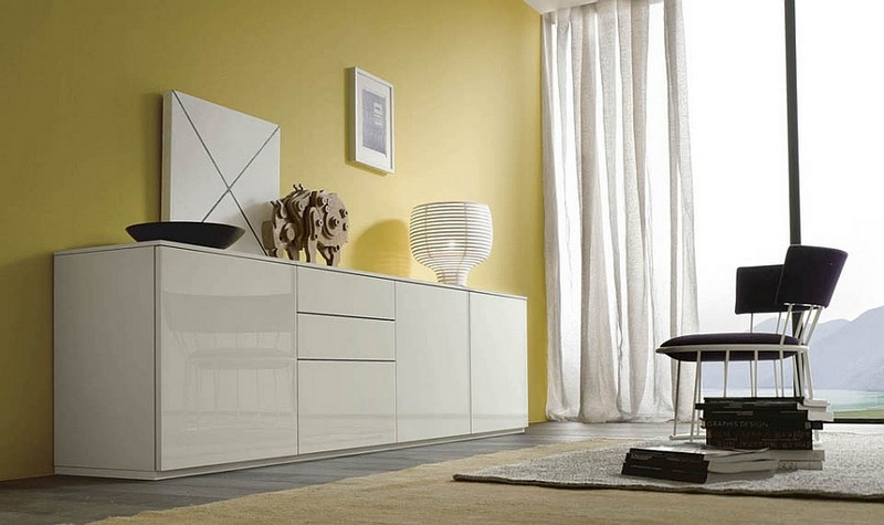 Sideboards and Buffets 10 Amazing Sideboards and Buffets with a Modern Flair 2Gorgeous sideboard in lacqured white