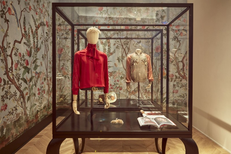 Glass Cabinets By Alessandro Michele For The Gucci Garden Series glass cabinets Glass Cabinets By Alessandro Michele For The Gucci Garden Series The Maximalist Menagerie of Alessandro Michele   s Immersive Gucci Garden in Florence 1