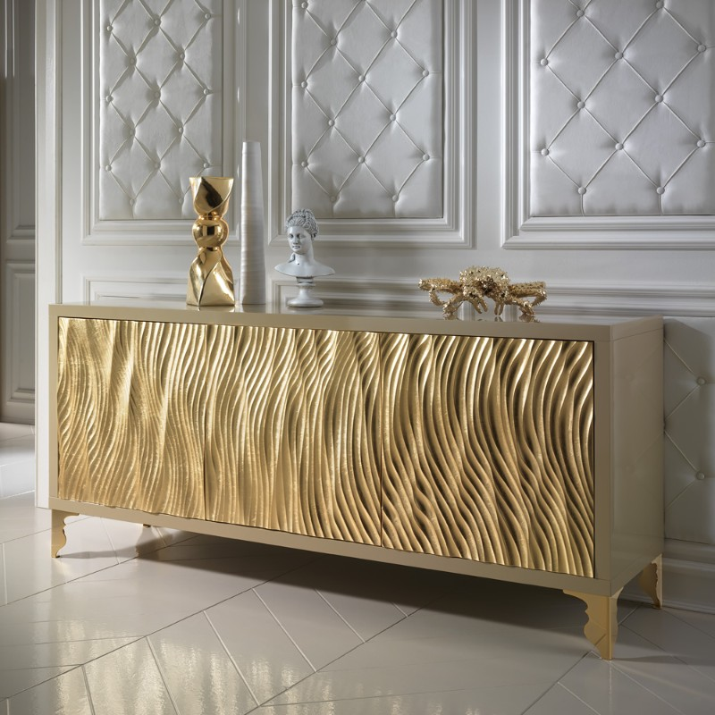 The fine art of leaf gilding applied to buffets and cabinets