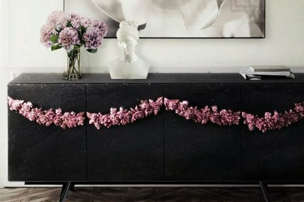 Black Sideboards Black Sideboards in a Luxury Interior Design 000 9 600x400
