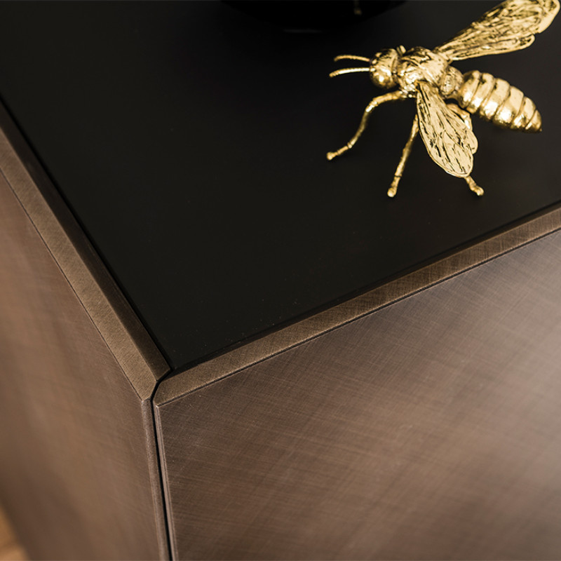luxury sideboards Top 5 Luxury Sideboards for Your Opulent Living Room pic8