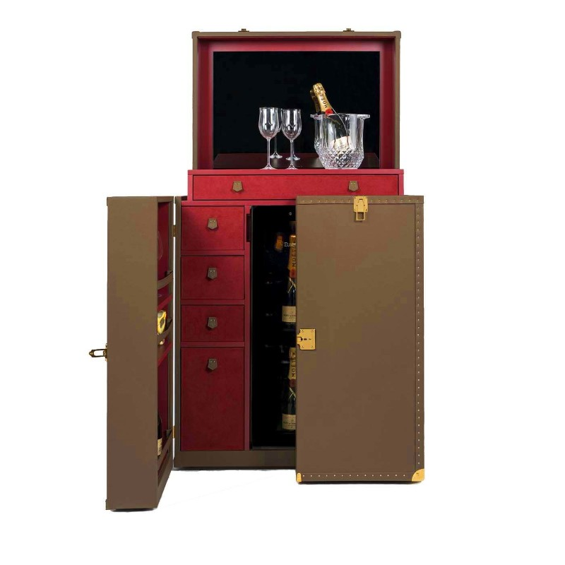 Wine Cabinets: Contemporary Ideas For Your Master Decoration wine cabinet Wine Cabinets: Contemporary Ideas For Your Master Decoration ROYABS 018