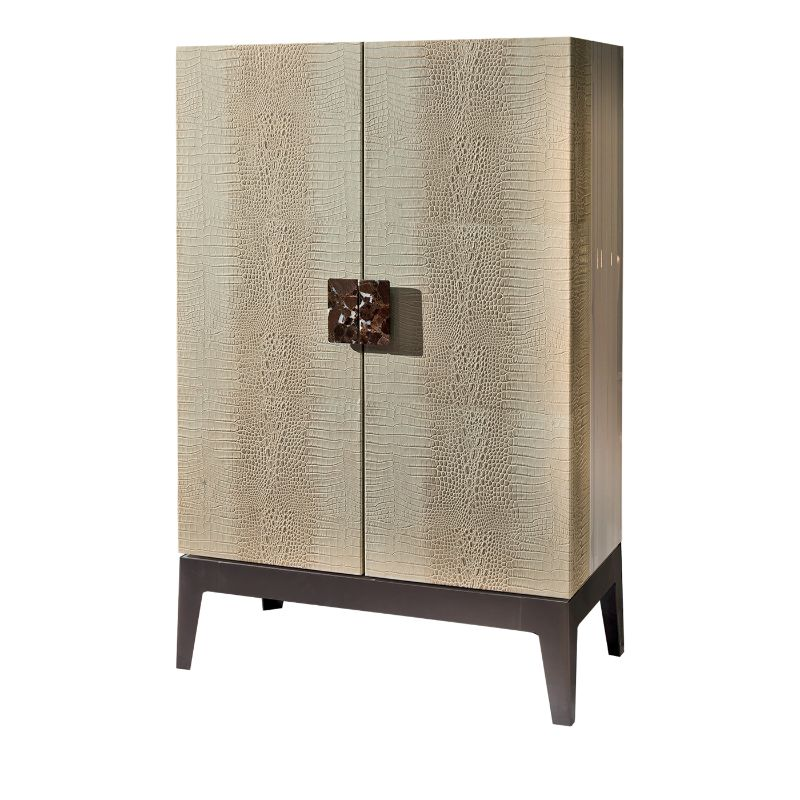 Luxury Bar Cabinets Perfect For Your Cocktail Party bar cabinet Luxury Bar Cabinets Perfect For Your Cocktail Party Luxury Bar Cabinets Perfect For Your Cocktail Party 4