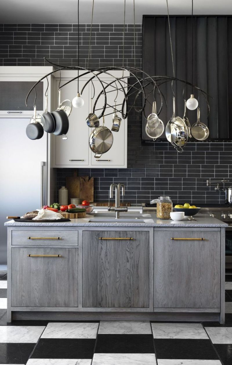 10 Cabinet Designs To Enhance Your Luxury Kitchen (3)