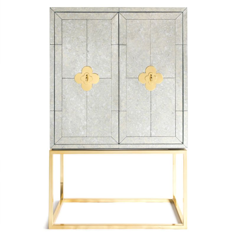 Bar Cabinets That Will Spice Up Any Celebration (1) bar cabinet Bar Cabinets That Will Spice Up Any Celebration Bar Cabinets That Will Spice Up Any Celebration 1